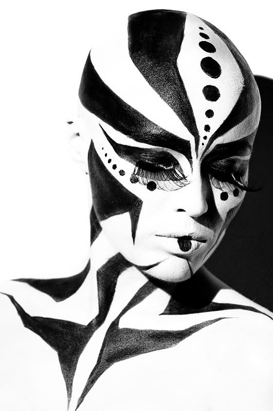 Pin By Cma Training Group On Bald Cap Black And White Face White Makeup Face Art