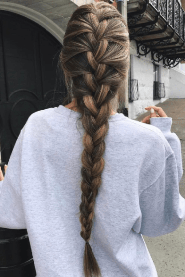 10 Hairstyles That Are Making A Major Comeback In