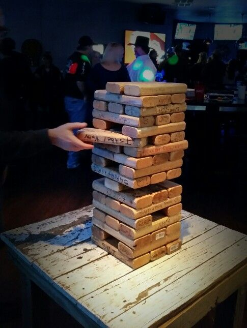 Giant Jenga bar fun | Giant jenga, Jenga, Fun