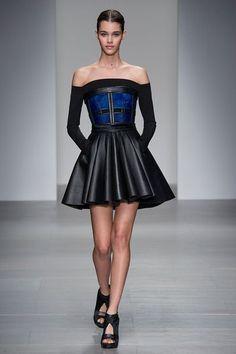 Картинки по запросу модные платья зима 2016