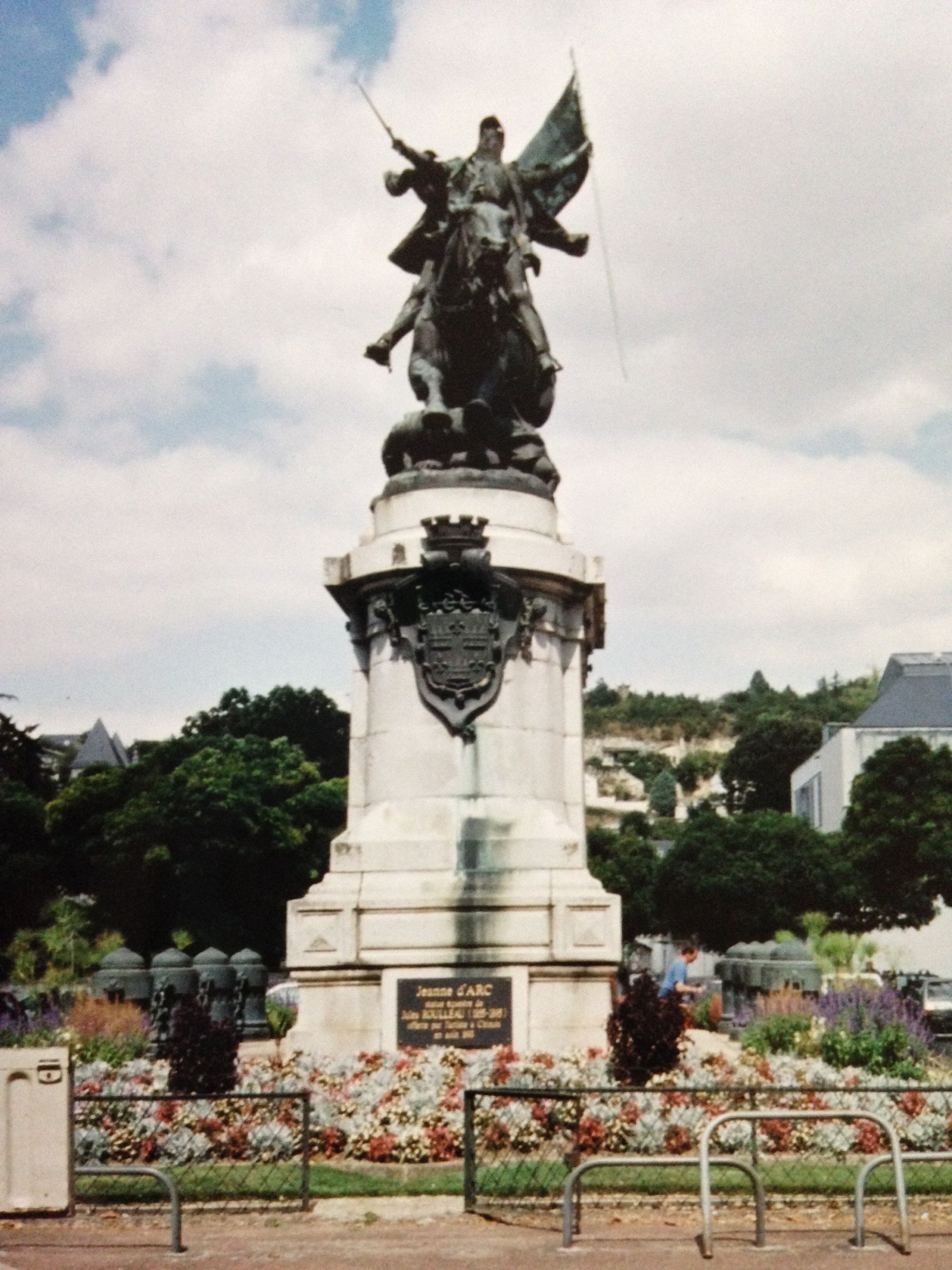 Joan Of Arc In Chinon Champagne Region Statue Of Liberty Happy