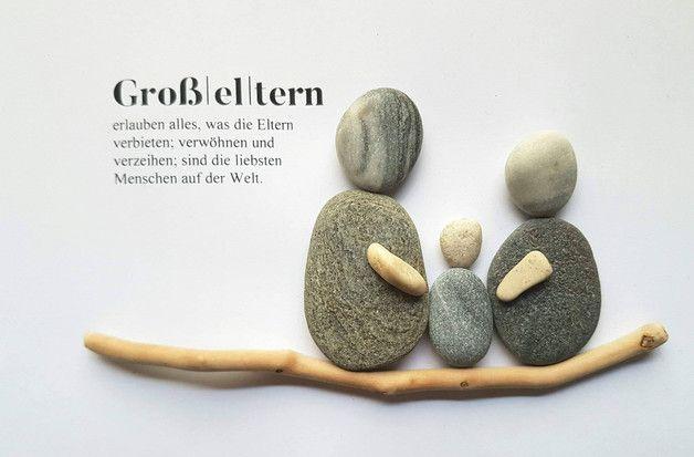 Einzigartiges, liebevoll gestaltetes Bild aus Kieselsteinen. Der Rhein und die Ostsee waren mir behilflich bei diesem wunderschönen Unikat. Eingerahmt in einem 3D-Rahmen hinter Plexiglas.... #kieselsteinebilder