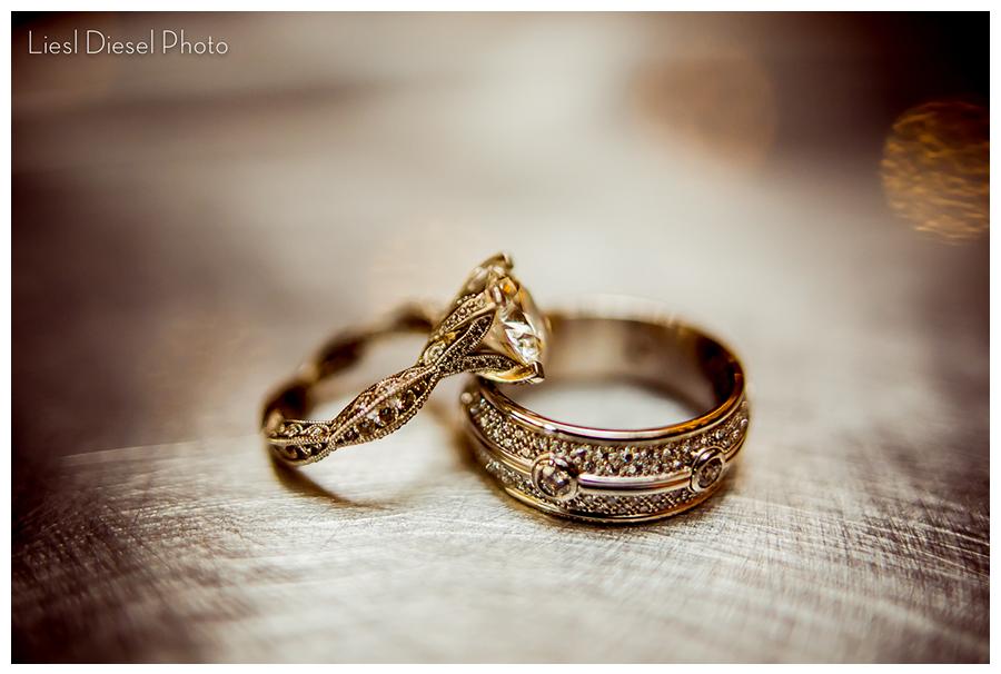 Diamond Wedding Ring Set Jewelers Row Chicago Macro Photo Diamond Wedding Rings Sets Temple Wedding Wedding Ring Sets