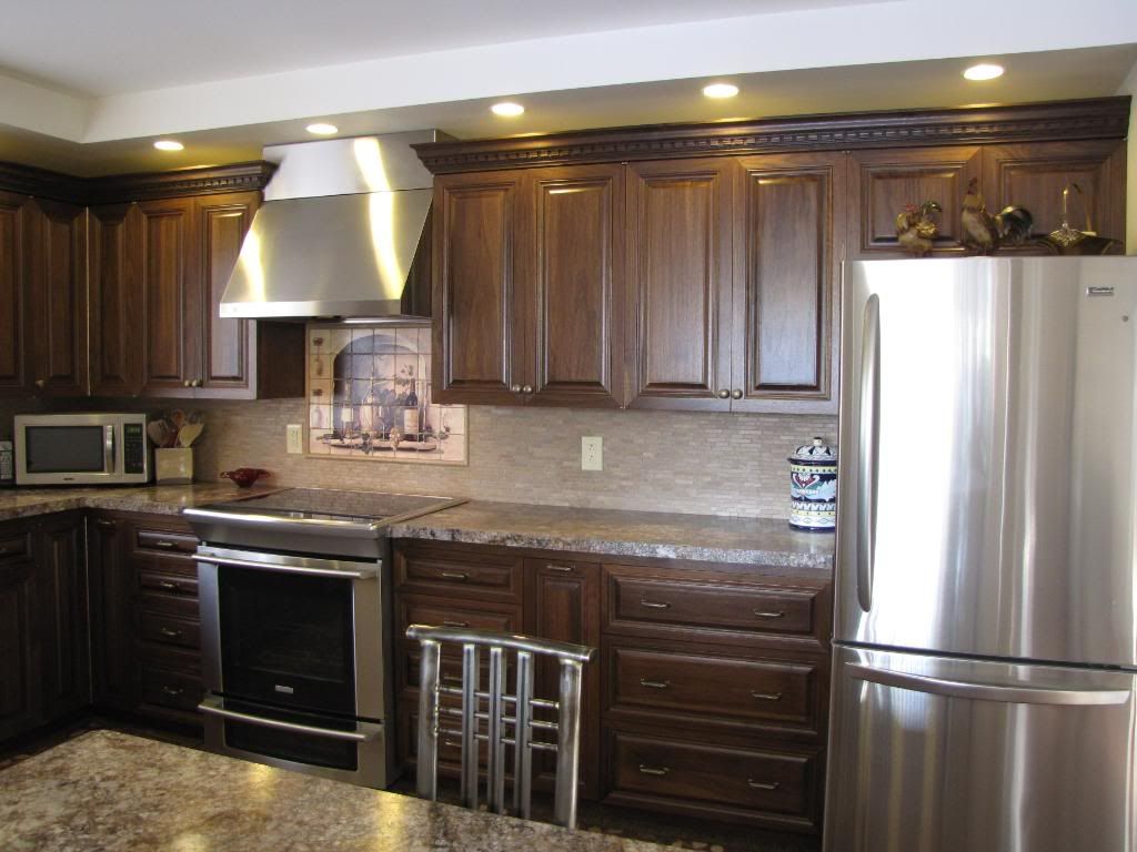 Pin By Kyla Steinkraus On Kitchen Ideas Wood Cabinets Pecan Wood Home