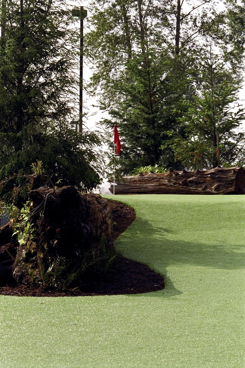 Rainbow Run Putting Course - Willows Run Golf Course