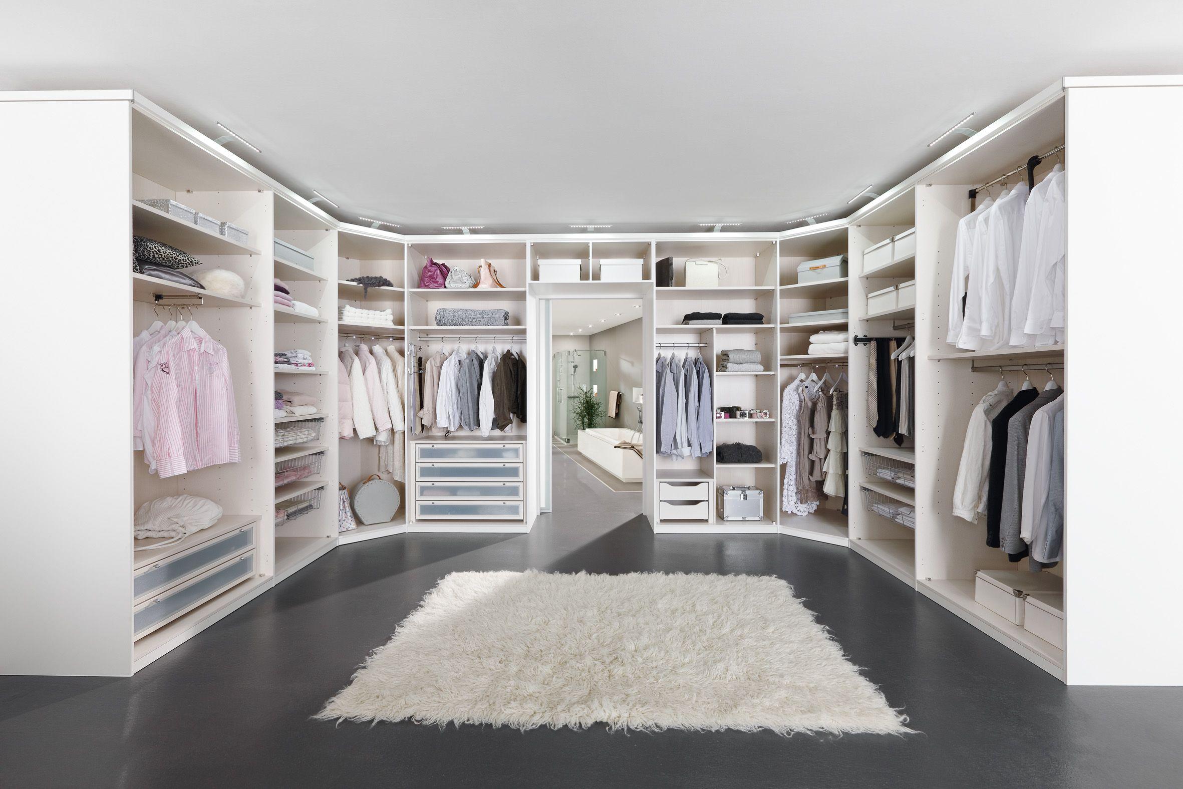 My Way - begehbarer Kleiderschrank in Weiß Matt und Lack Weiß ...