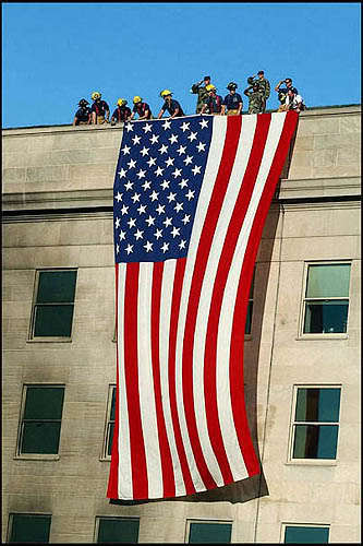 9 11 Firemen Hang American Flag On Pentagon 8x10 Photo I Love America Flag American Flag