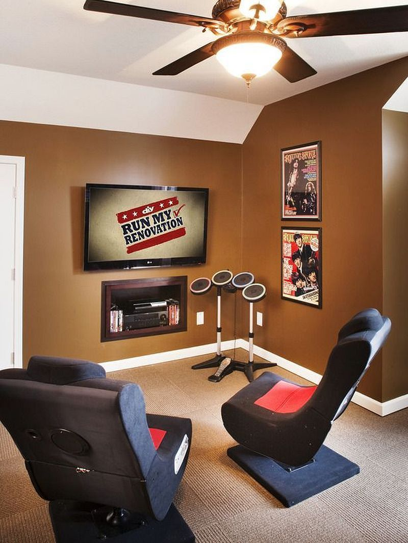 50 Video Game Room Ideas To Maximize Your Gaming Experience Small Game Rooms Room Seating Game Room Design