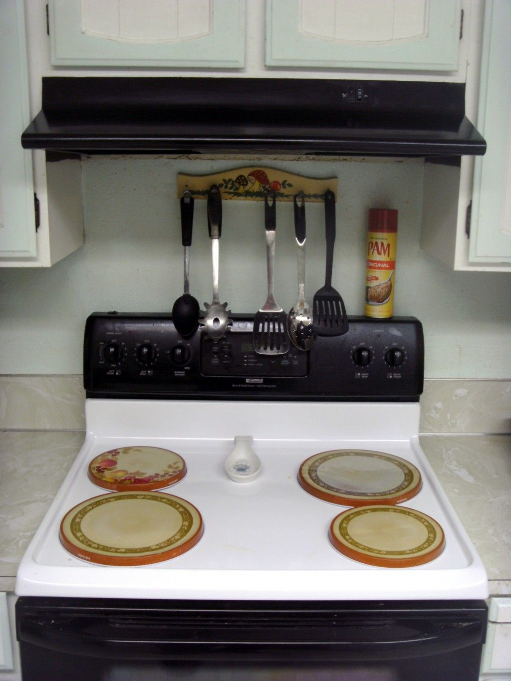 How to install an overtherange microwave over range