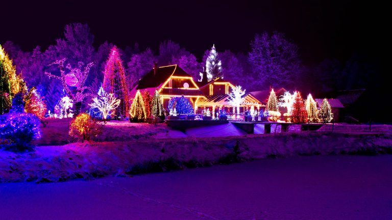 Winter Snow Magic Time Xmas Snowy Lights Merry Christmas Evening Houses Wallpaper Landscape 192 Christmas House Lights Xmas Lights Christmas Light Installation