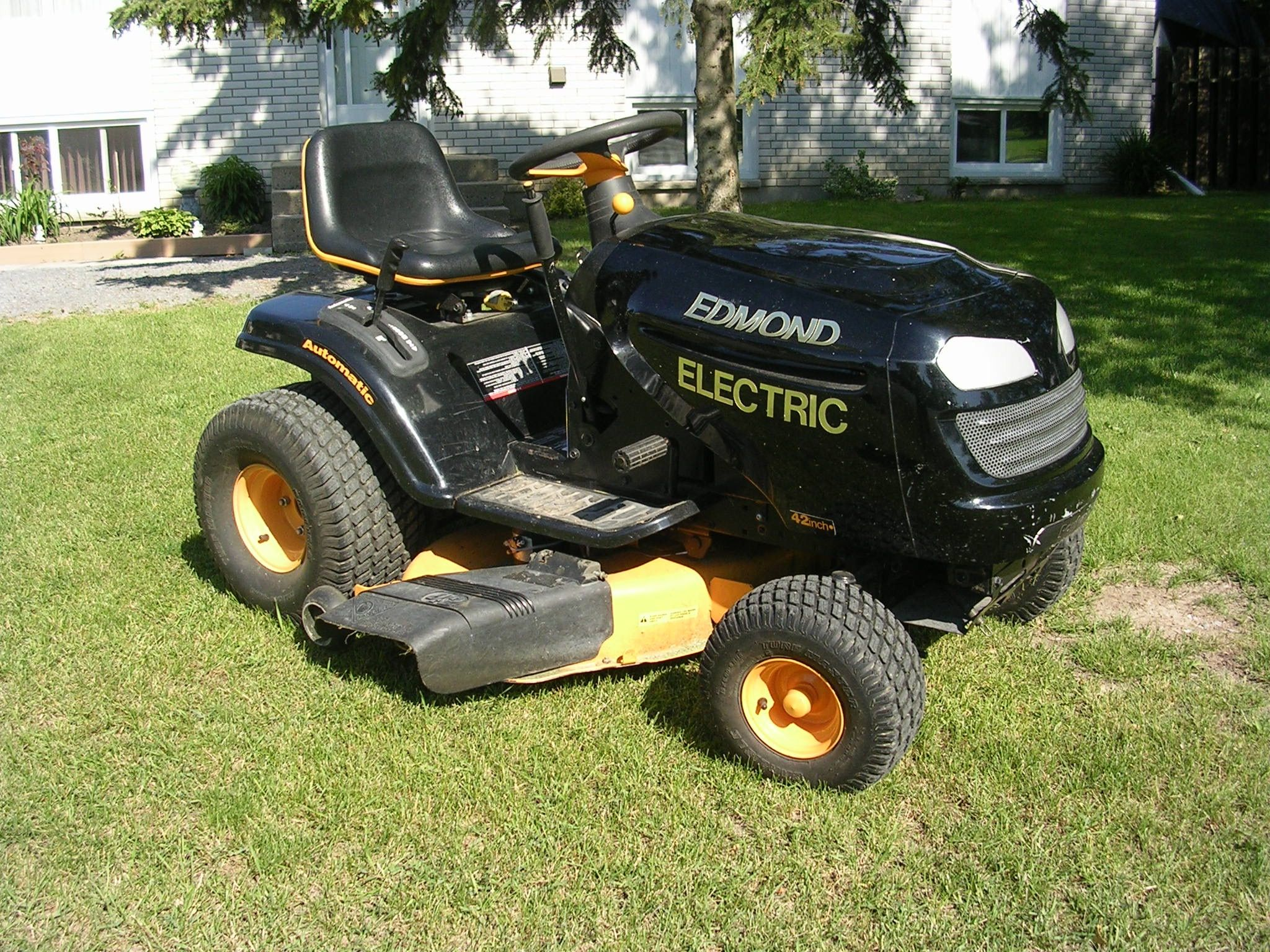 Diy Electric Garden Tractor Convert Your Old Gas Tractor To Electric Plans And Instructions Electricity Lawn Mower Lawn Tractor