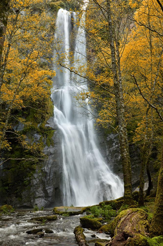 25 Cascadas En Espana Que No Puedes Perderte Cascadas Espana