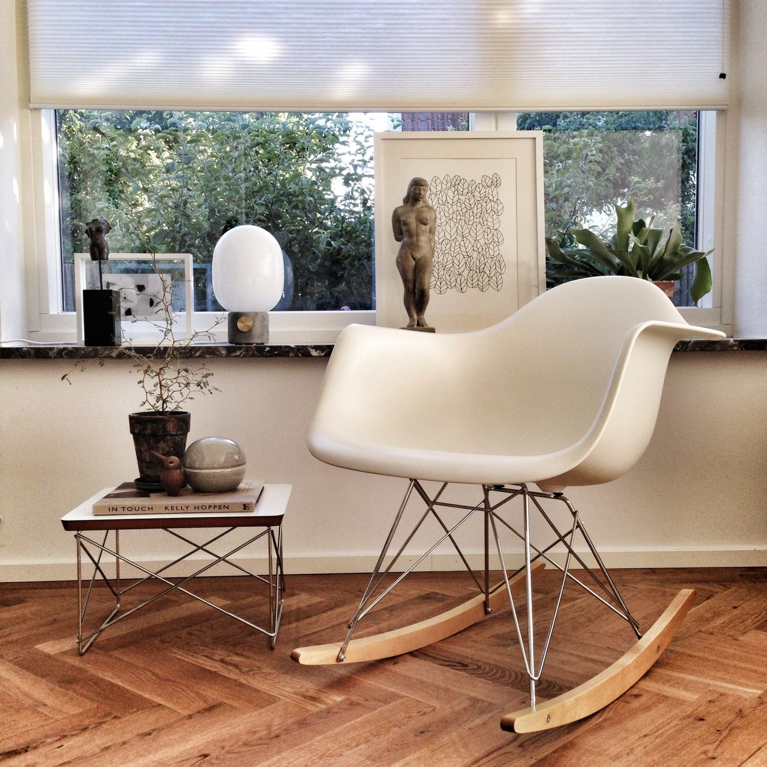 Occasionel table LTR Ed Vitra 1950 RAR Chair Ed Vitra 1950