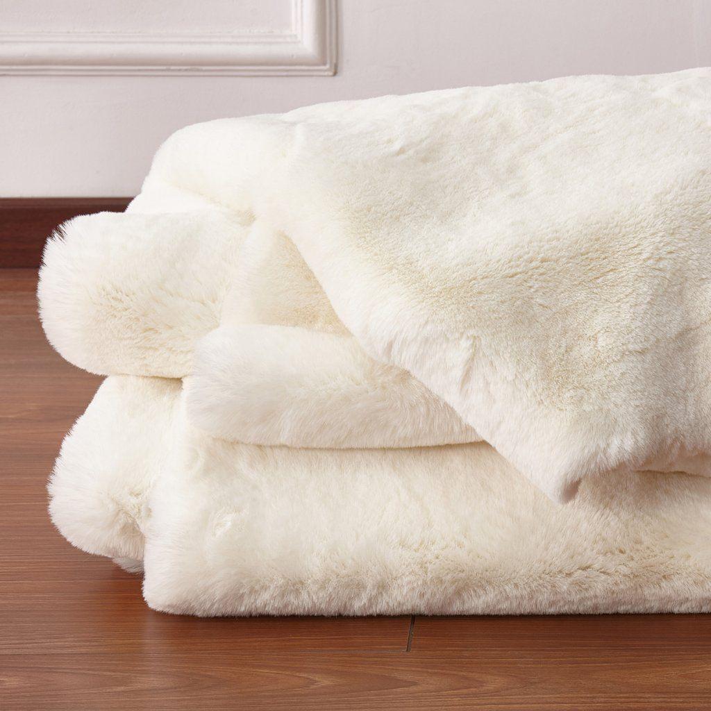 White Faux Fur Rug Target In 2020 White Faux Fur Rug White Faux Fur Throw Faux Fur Area Rug