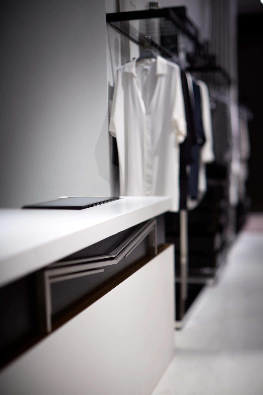 Shop 3088, Podium Level 3, ifc Mall, 8 Finance Center, Central - Hong Kong