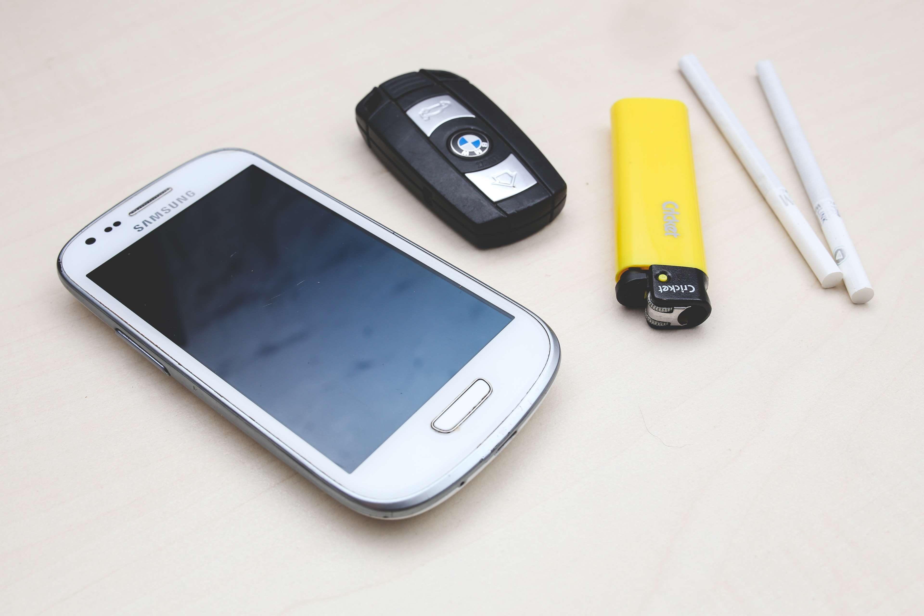 Bmw Car Key Cigarettes Lighter Mobile Phone Samsung