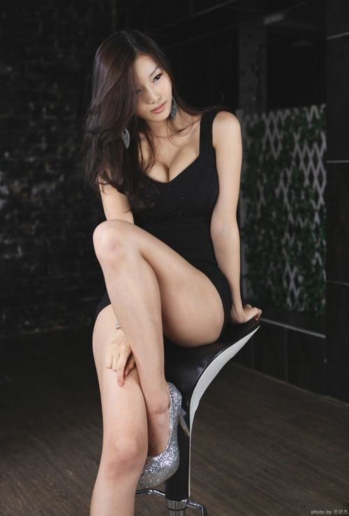 girl asian Sexy woman
