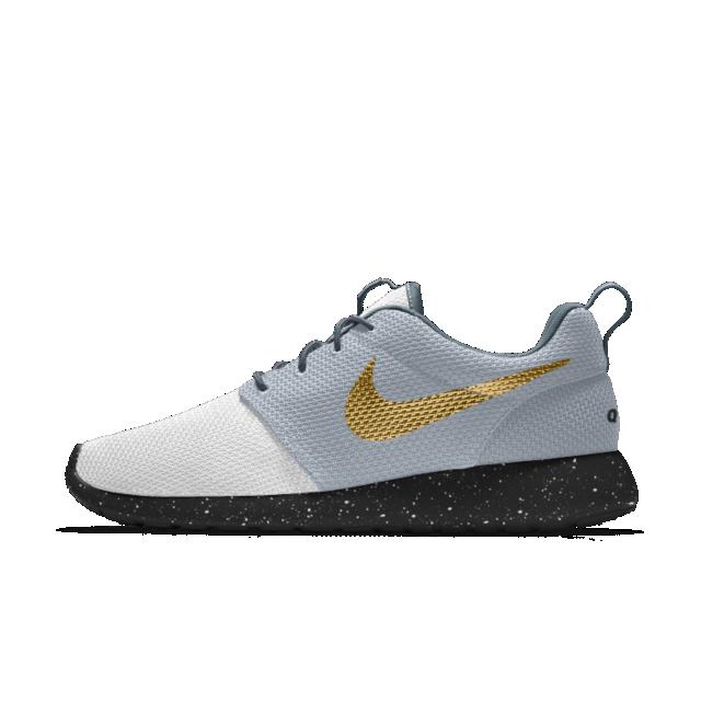 Majestuoso saltar principal  Nike Roshe One Essential iD Women's Shoe | Nike women, Nike, Sneakers nike
