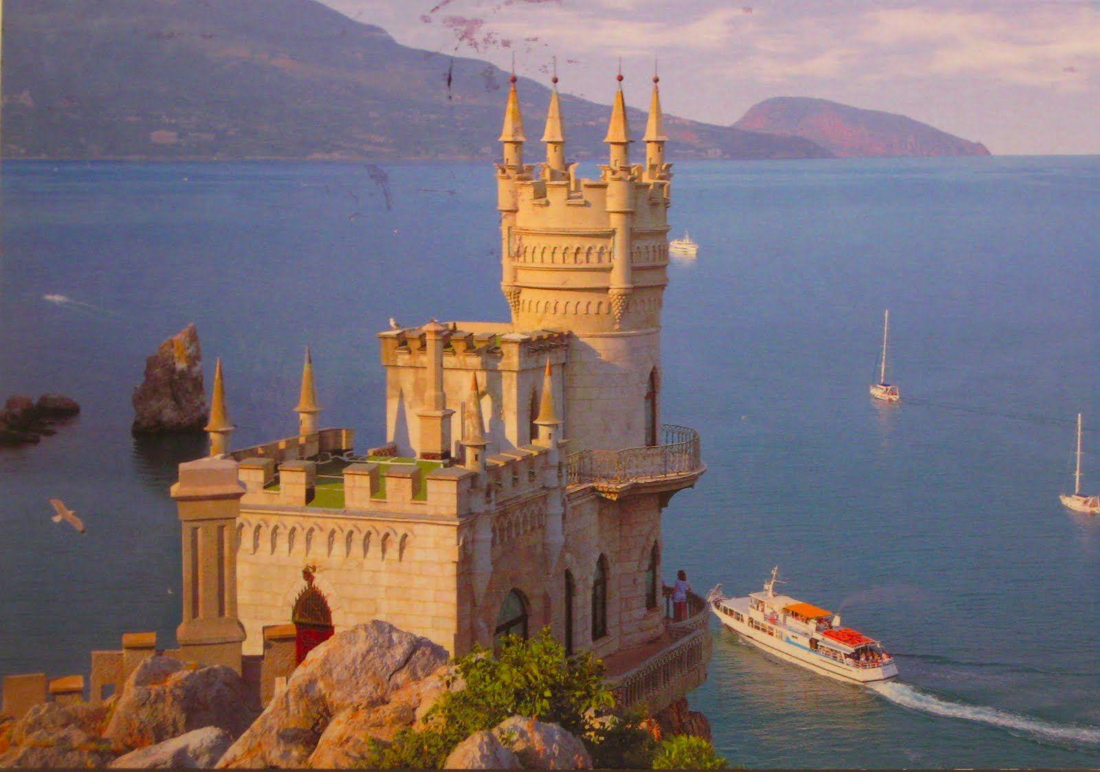 Swallows Nest Castle Crimeas Fairytale Castle on a Cliff