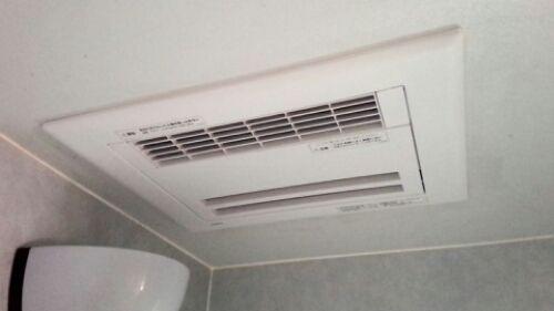 小山市 浴室換気暖房乾燥機工事 Toto三乾王tyb211g 暖房 換気 乾燥機