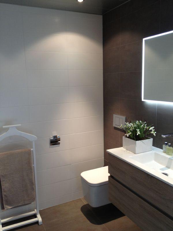 kleine badkamer groter laten lijken - Google zoeken   Badkamer ...