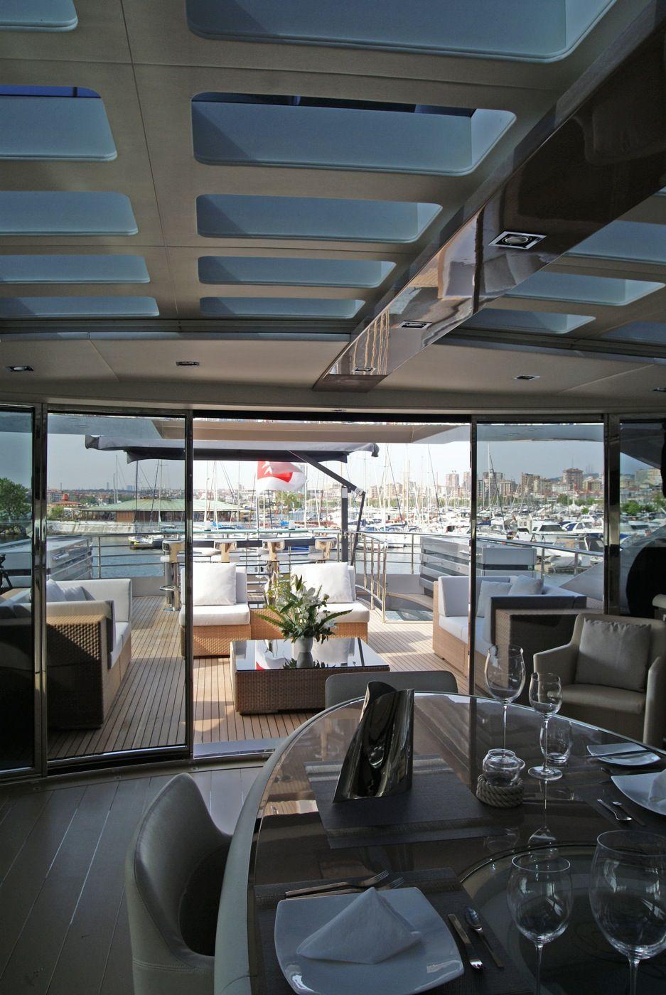 Luxury Yacht Engine Room: Mega Super Yacht Interior Design