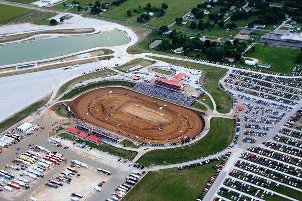 Lucas Oil Speedway Wheatland Mo Dirt Late Model Racing Nascar Race Tracks Dirt Racing