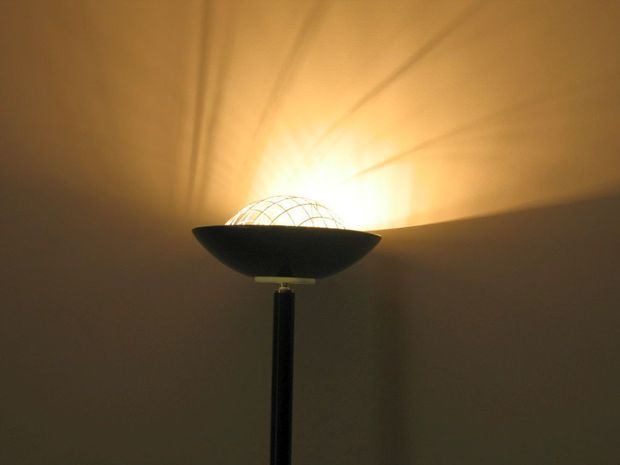 Convert A 300 Watt Torchiere Lamp Into A Dual 20 Watt Cfl Torchiere Floor Lamp Cool Floor Lamps Floor Lamp