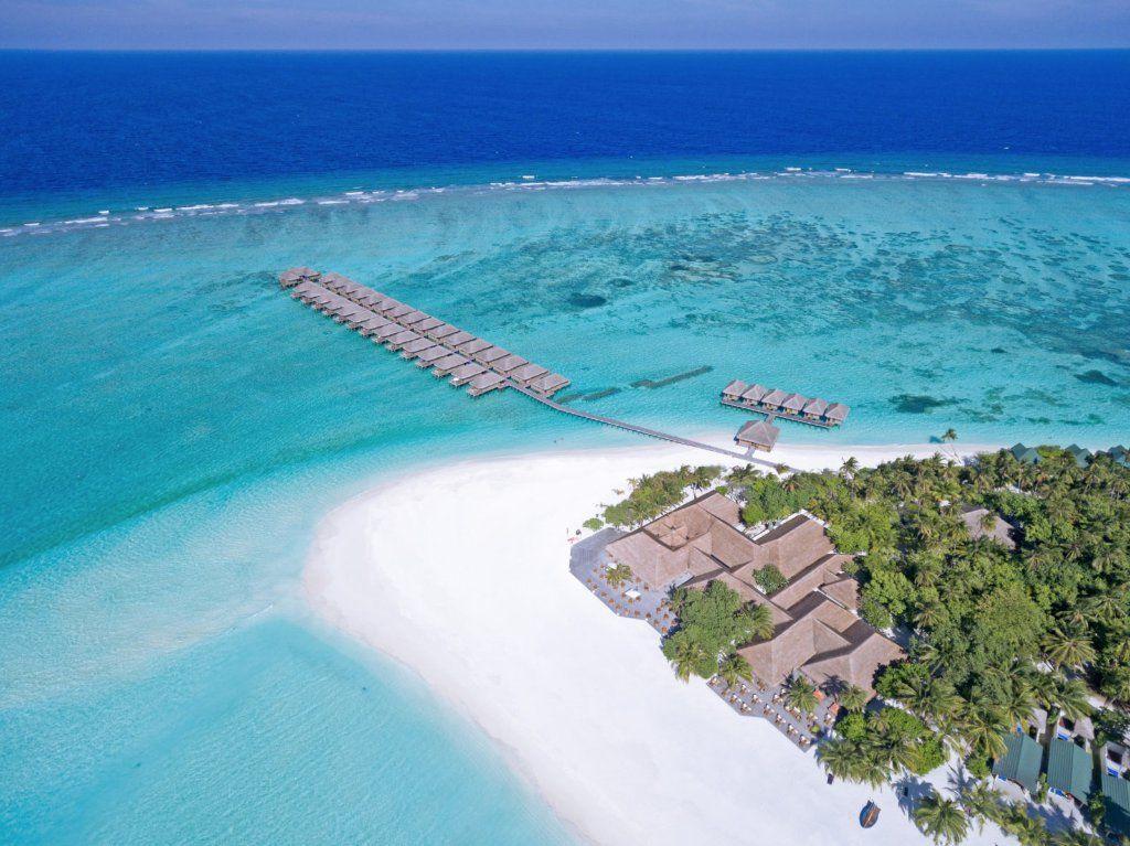 Meeru Island Resort Spa In 2019 Island Resort Maldives