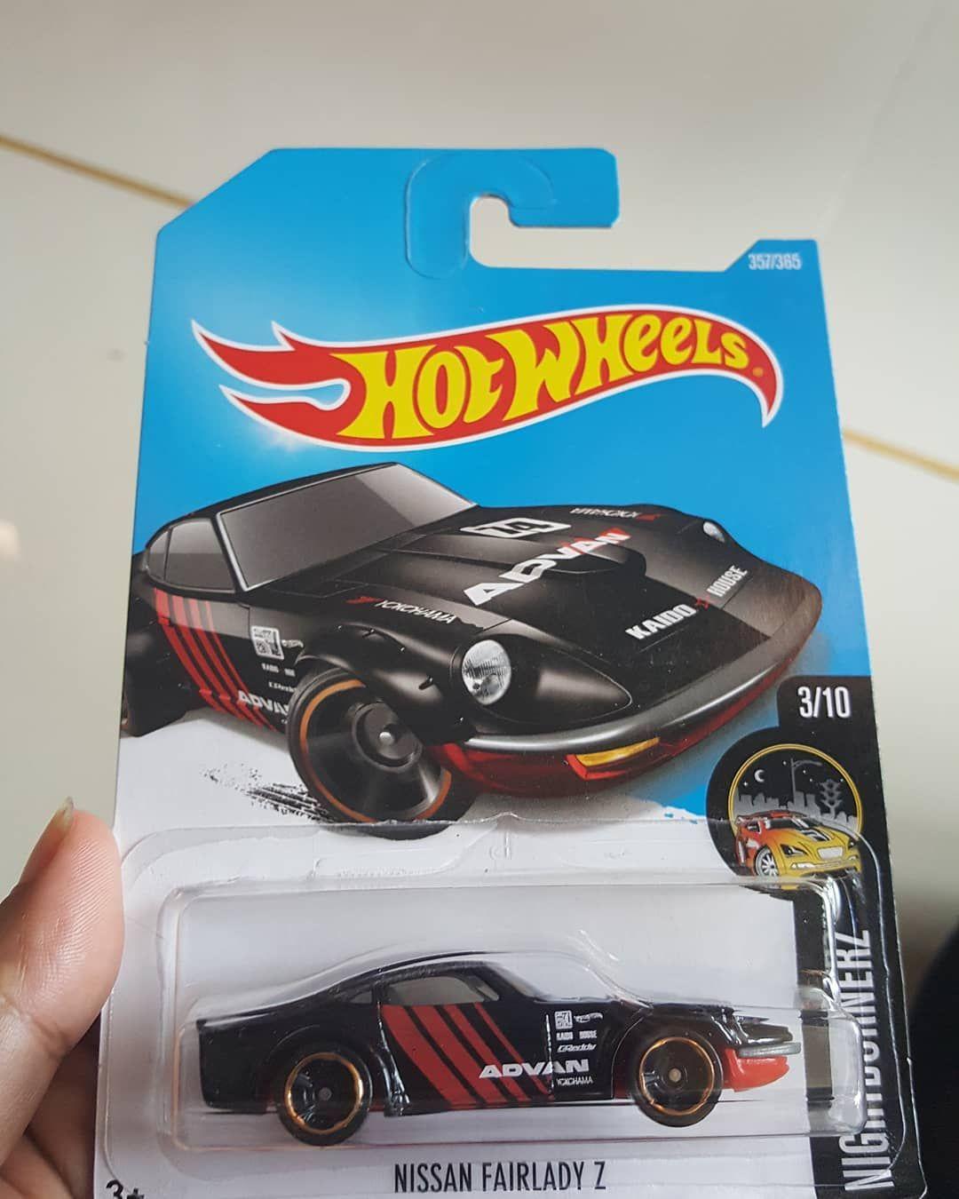 For Sale!!! Hot Wheels Nissan Fairlady Z  IDR 65rb  Harga belum termasuk ongkos kirim Kondisi card/Blister sesuai foto (anggap loose) What U See is What U Get  Cara order: Comment