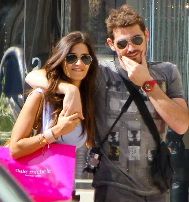 Iker Casillas Y Sara Carbonero Favorite Celebrities Best Couple Sunglasses Women