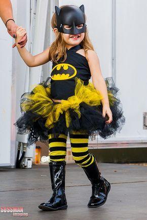 Batgirl con tutú http://www.funidelia.es/oficial/batman-154