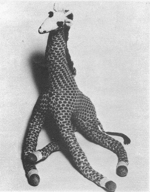 Vintage Knitted Giraffe