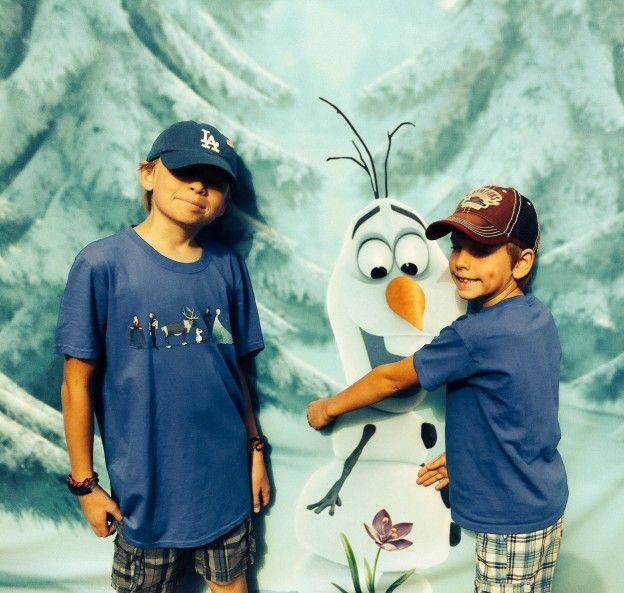Disney's Frozen is Great for Boys. Cute Photo prop idea.
