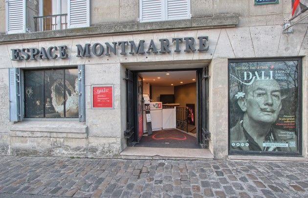 Fachada Espaço Dalí em Paris