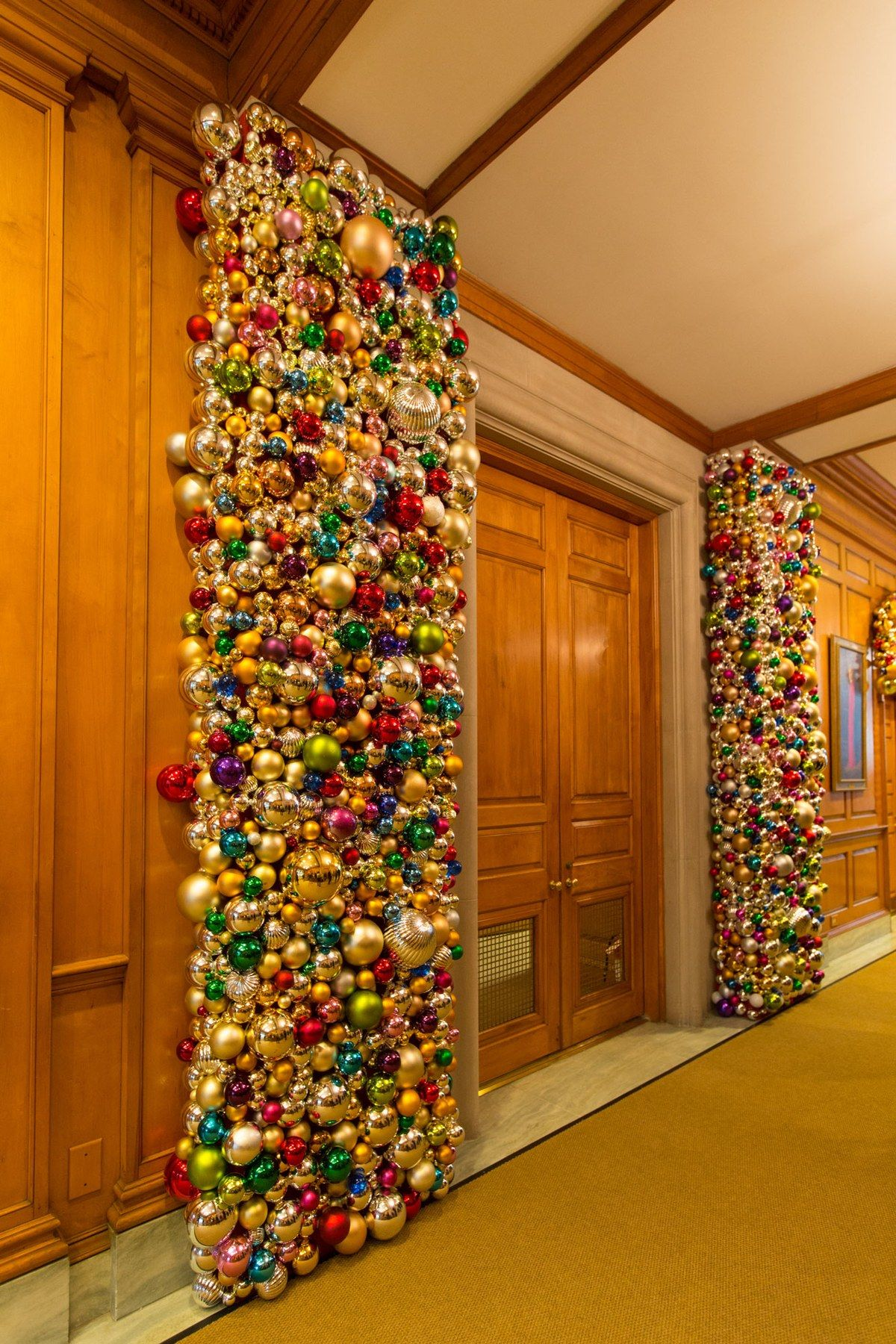 Inside the 2015 White House Christmas Decorations Created ...