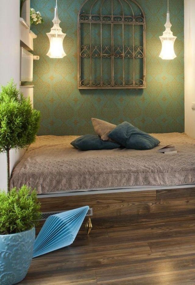 wandfarbe schlafzimmer marokko muster türkis gold holzboden