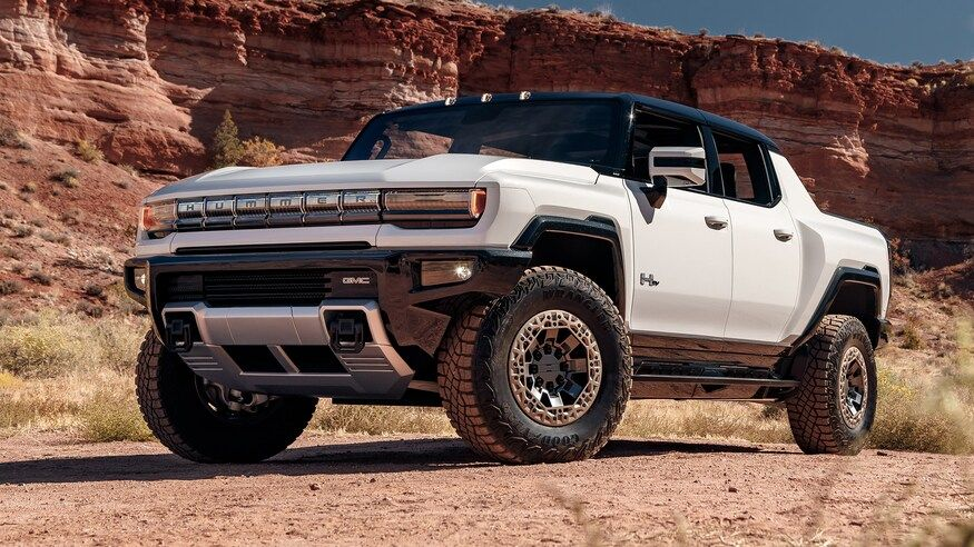 2022 Gmc Hummer Electric Pickup First Look Rebirth Of An Off Road Icon Hummer Hummer Truck Trucks