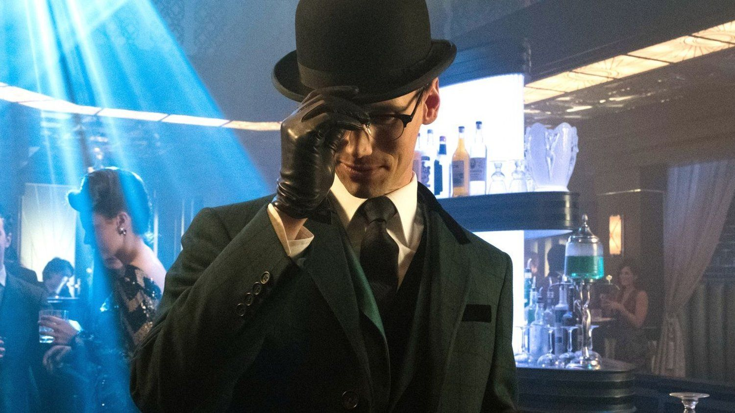 Solve The Riddler's Riddle In New GOTHAM Promo