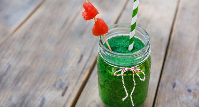 Bebida que despenca seu colesterol para beber em jejum: nutricionista ensina