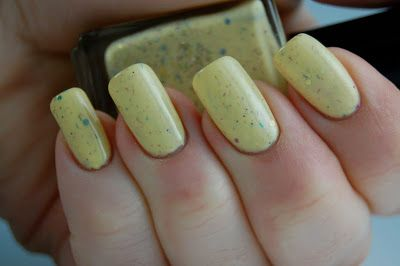 Failure to Thrive: Doctor Who Franken Collection Swatches and Recipes - Part Four/Always Take A Banana To A Party - pale yellow jelly full of glitter, 3 coats