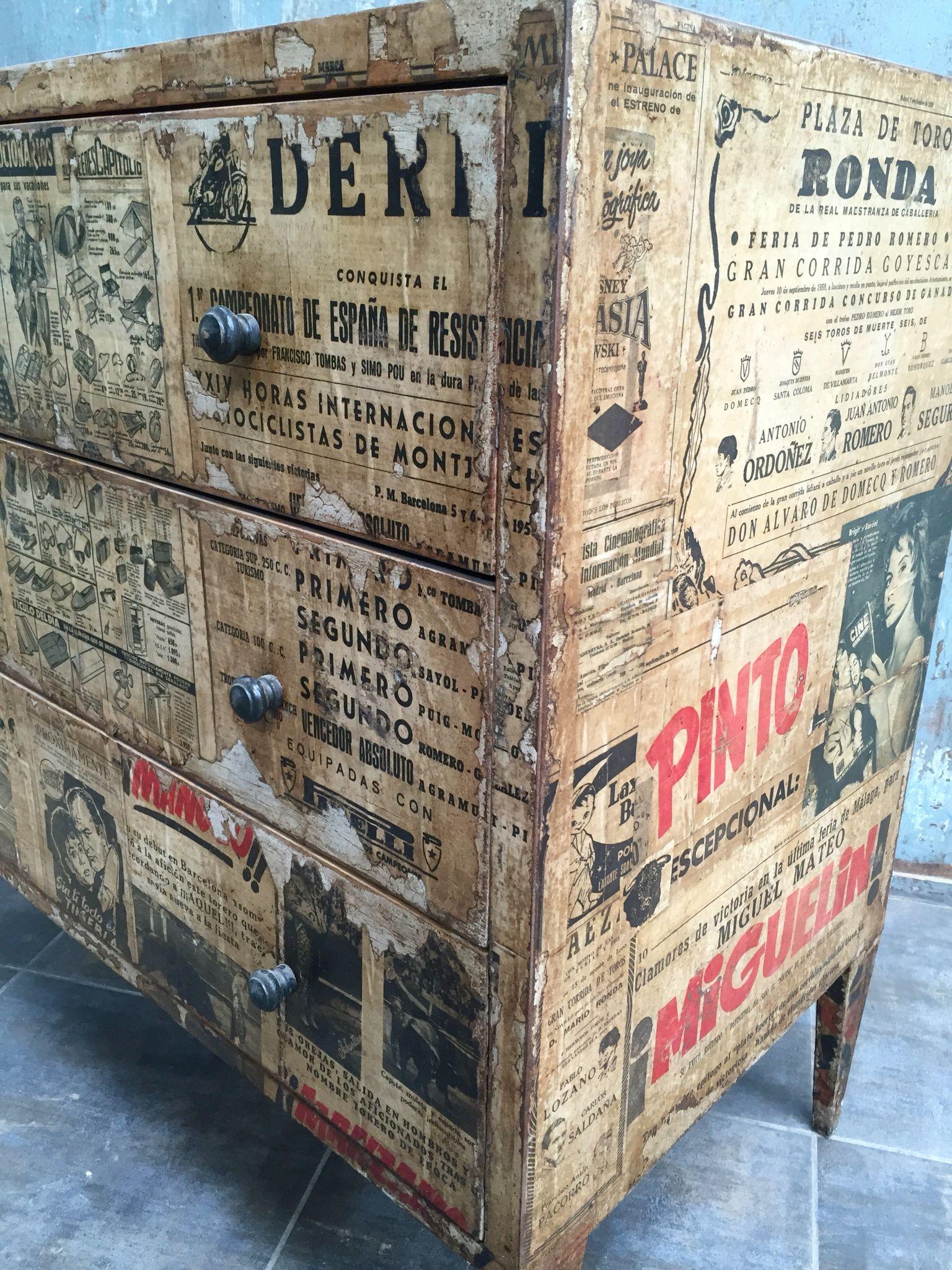 Cómoda Vintage Forrada Con Papel De Periódico Cómoda Vintage Sobres De Papel Deco