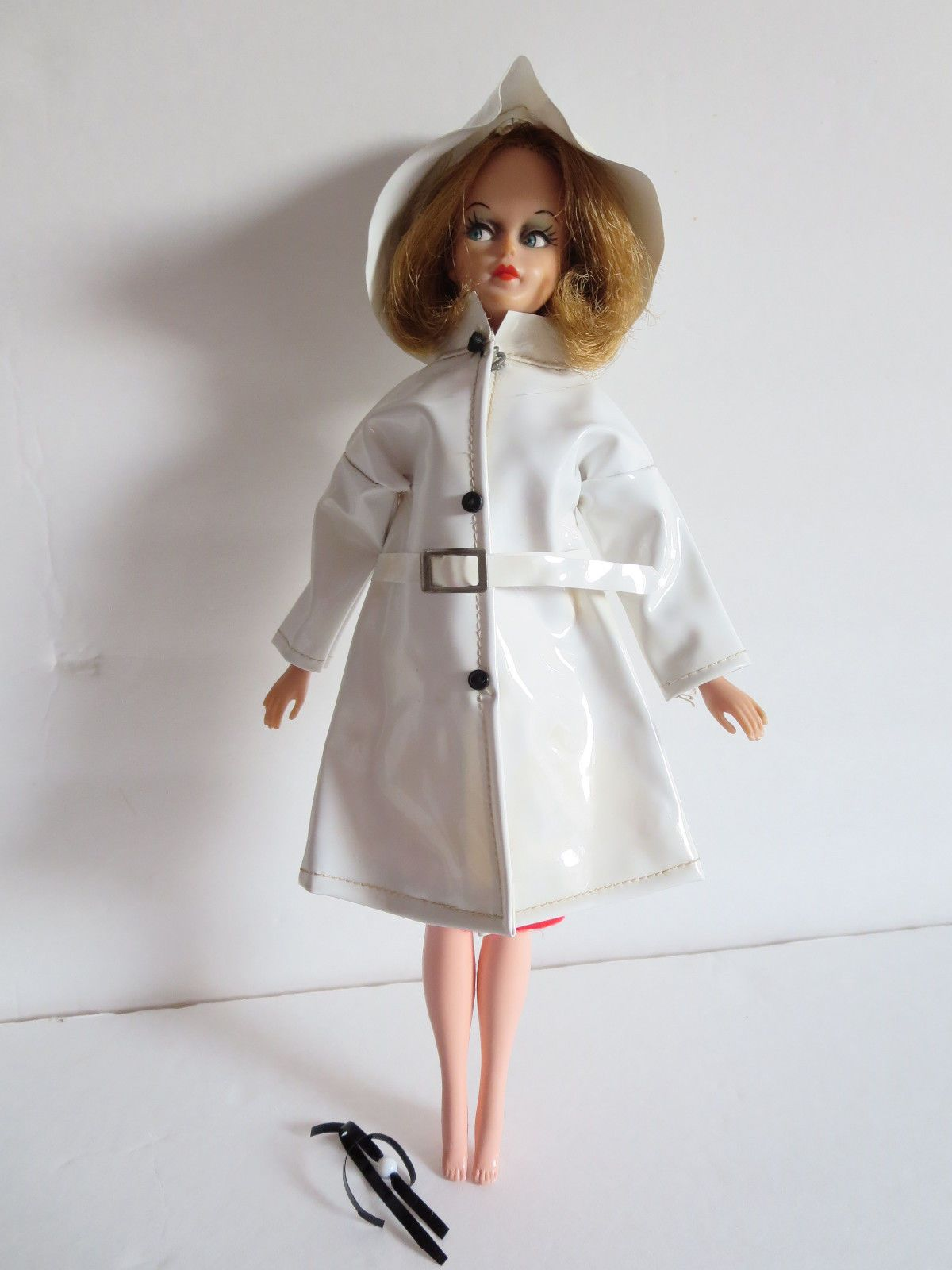 US $15.99 Used in Dolls & Bears, Dolls, By Brand, Company, Character