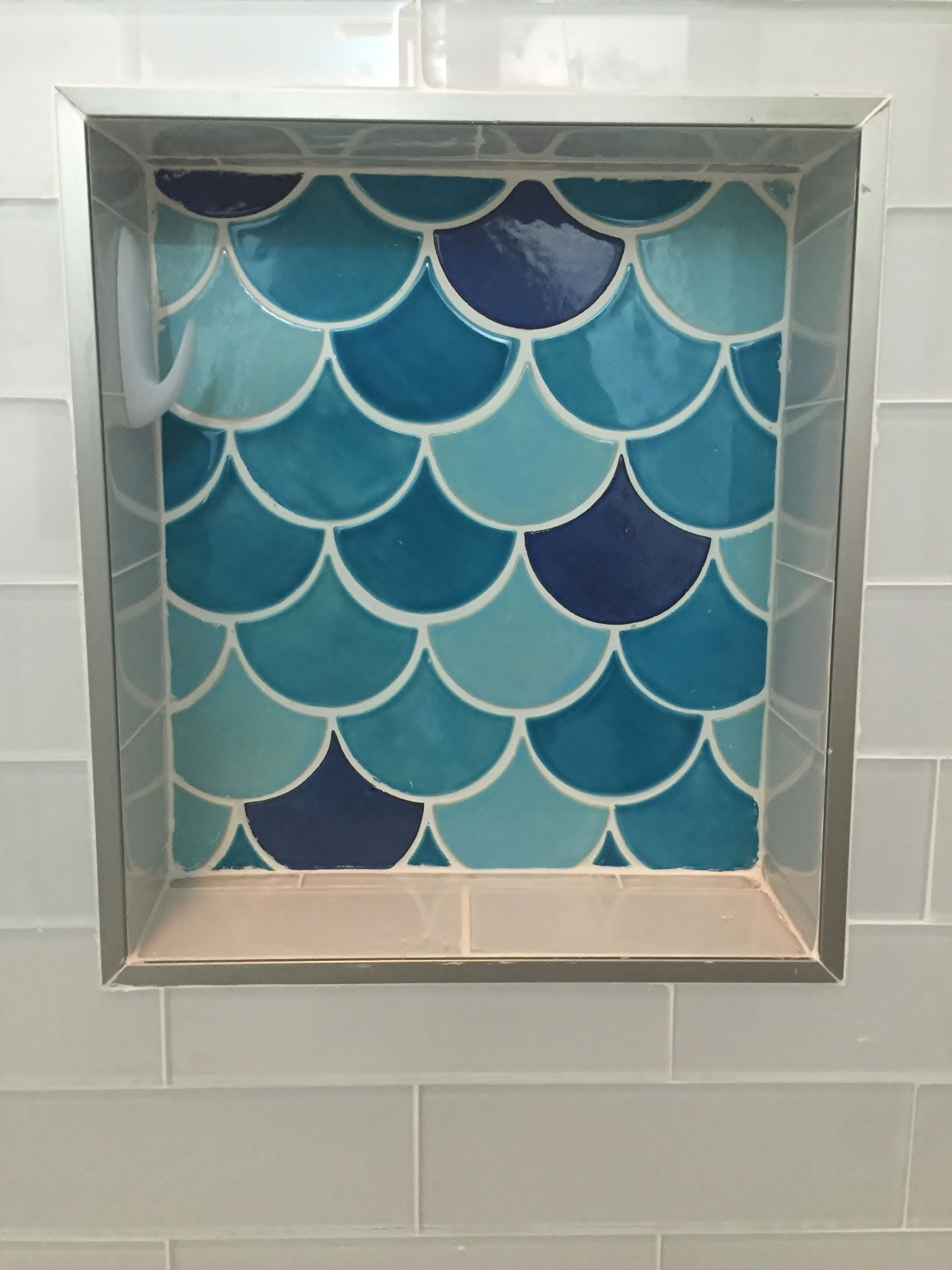 Fish tiles bathroom - Handmade Fish Scales Tiles Bathroom Niche Caribbean Blue Blue Bell Mercury Mosaics