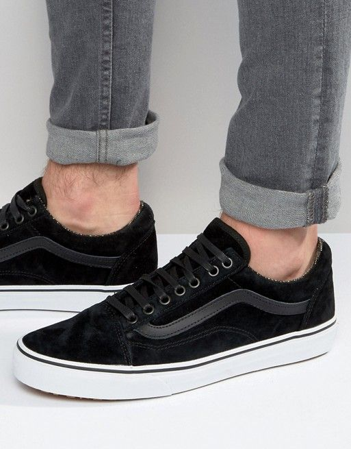 Vans - Old Skool MTE V00ZDKJTF - Baskets en daim - Noir at asos.com