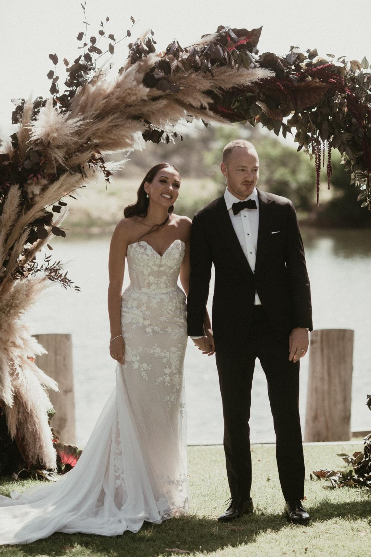 One Day Bridal Nova Preowned Wedding Dress Save 28 In 2020 Preowned Wedding Dresses One Day Bridal Wedding Dresses