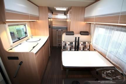 sunlight a70 alkoven wohnmobil mieten kassel hymer 6 personen in hessen kassel ebay. Black Bedroom Furniture Sets. Home Design Ideas