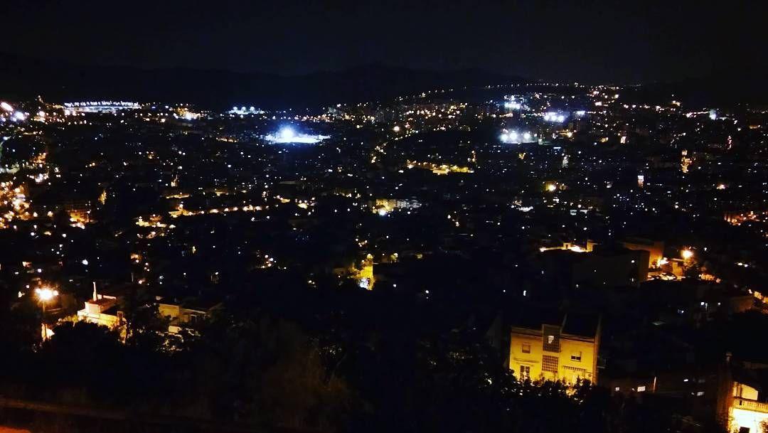 Barcelona Desde Arriba Con Xavi Barcelona Night Noche Bunkers Mirador España Viajar Wanderlust Celestial Outdoor