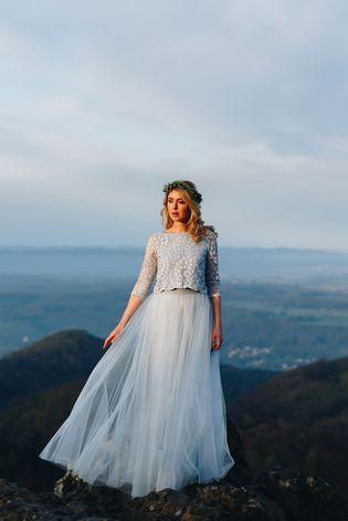 Boho Brautkleid in Blau | Wedding styles and Weddings