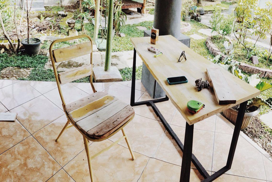 Remake wooden chair themes yellowcatching june pinterest